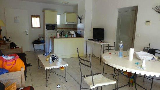 Residence Odalys Le Clos Bonaventure: Salon/SAM/Cuisine maison 3p Odalys