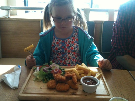 The Lakeside Restaurant at YHA Ambleside: kids meal