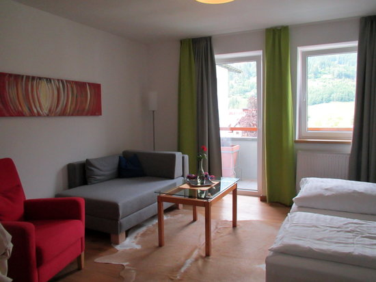 Impuls Tirol Hotel: Our favorite room Pink-2 now re-done all over