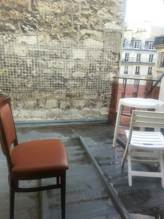 "Hotel de Nevers Saint-Germain : ""balcony"""