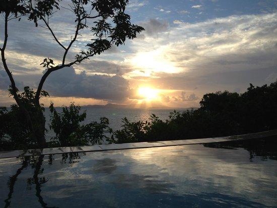 Santhiya Koh Yao Yai Resort & Spa : vue de la piscine de la villa
