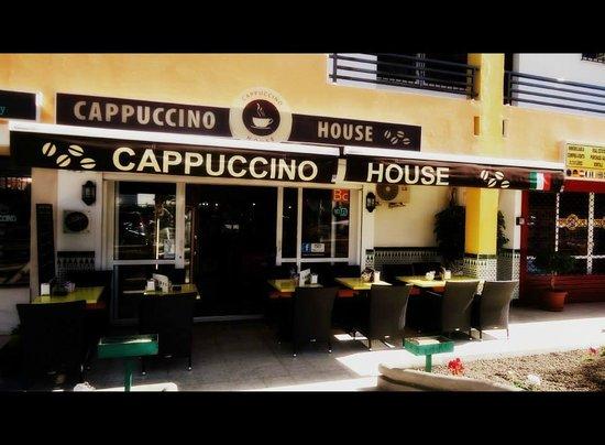 CAPPUCCINO HOUSE: terrazza