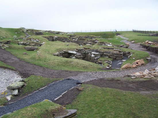 Jarlshof Prehistoric and Norse Settlement: This is just near the entrance.
