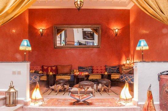 Riad Dar Tachata : The big saloon