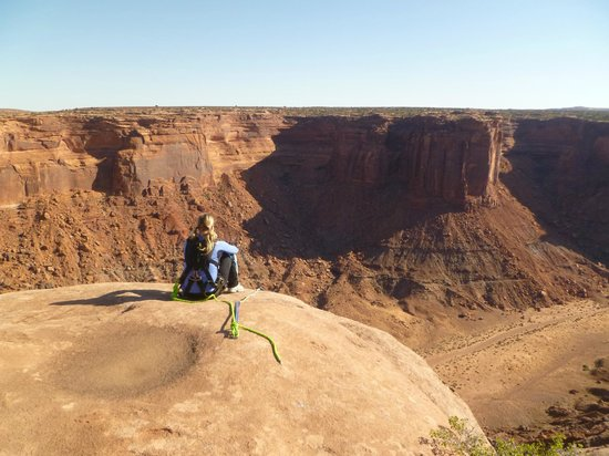 Moab B.A.S.E. Adventures: Preparing to make the leap - a zen like peace washes over me