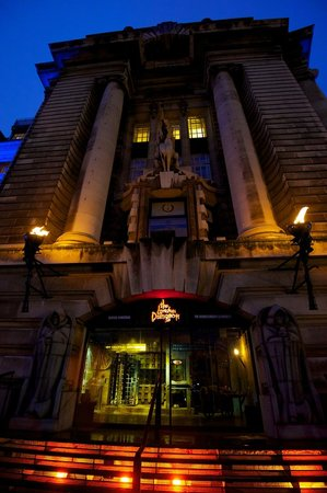 The London Dungeon entrance