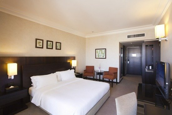 Ramada Plaza Beirut Raouche: The Classic Room