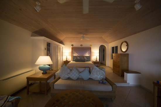 Curtain Bluff Resort: room interior; fairly spacious. also had a large bathroom