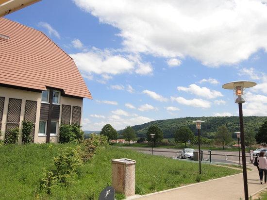 Ibis Besancon Marchaux: exterior