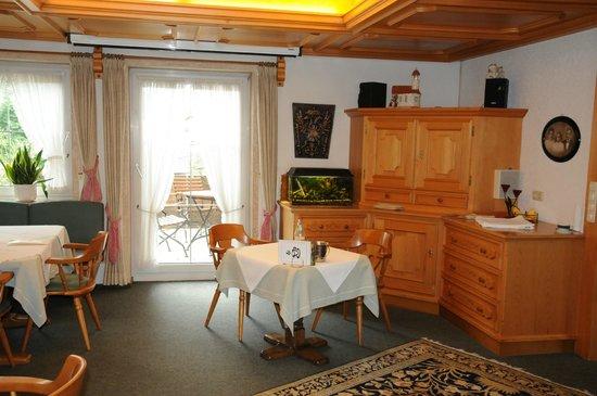 Alpenhof Hotel: Frühstückraum