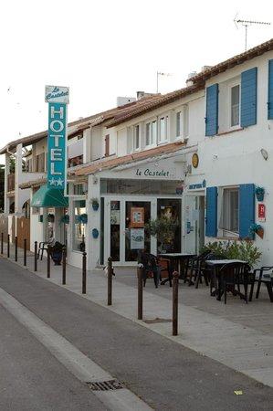 Hotel Le Castelet: Facciata dell'hotel