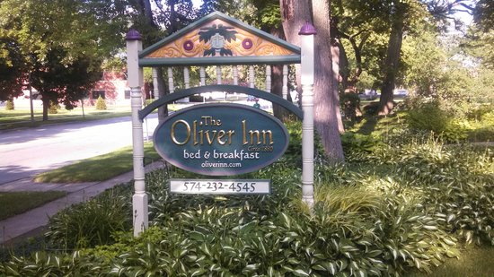 The Oliver Inn: Welcoming sign!