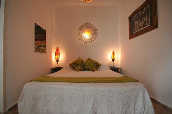 Riad 'Chez Dar Ma': 2nd floor bedroom