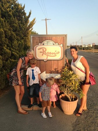Ryan's Bar & Grill: Superb restaurant 5*