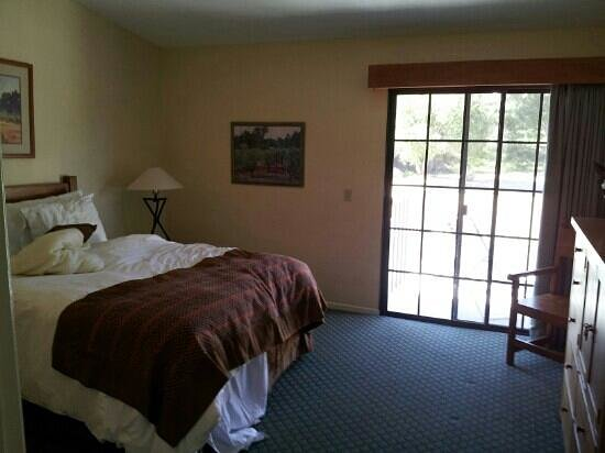 Riviera Oaks Resorts: the second bedroom the day we left