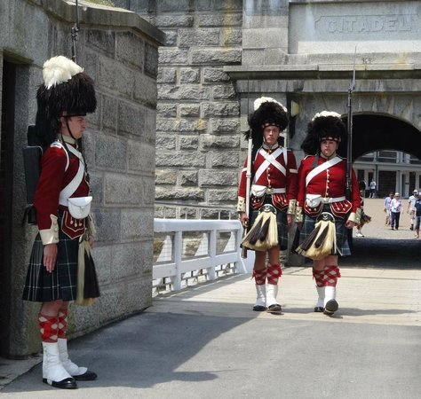 Halifax Titanic Historical Tours: Changing of the Guard-Citadel