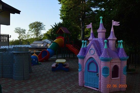 Hotel Miramonti: il parco giochi bambini