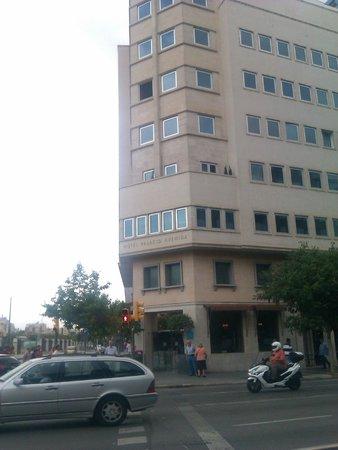 UR Palacio Avenida: From Place d'Espanya