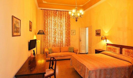 Giotto Park Hotel: Camera primo piano edificio principale