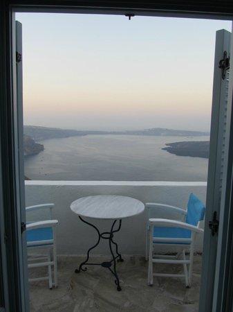 Irini's Villas Resort: Private balcony