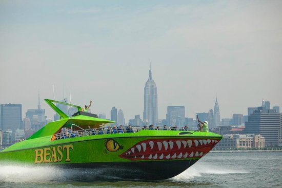 野兽快艇之旅