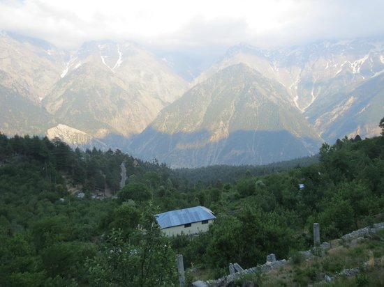 Hotel Kinner Kailash (HPTDC) : view from room