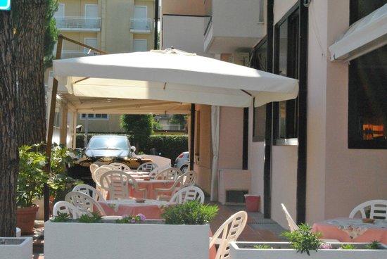 Hotel Fabiana: cortile