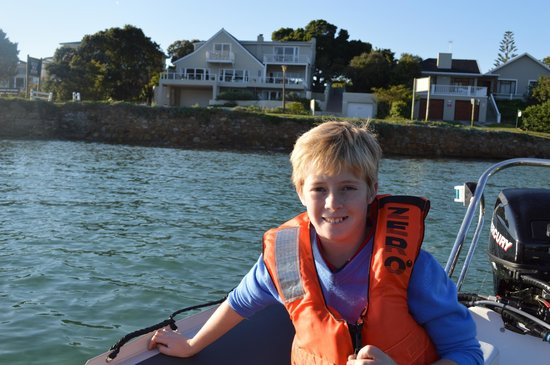 Amanzi Island Lodge : Boat rides around the Island
