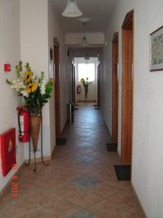 Sirines Hotel: Coridor