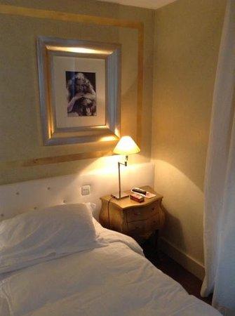 Hotel Renoir: letto grandissimo