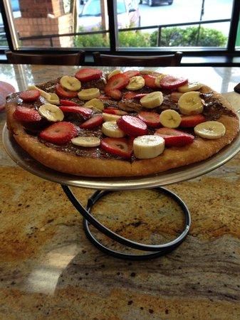 Romeo's Pizza: Nutella Pie!!Yumm