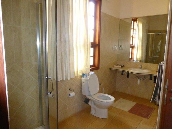Afrikan Sunstar Resort: Cuarto de baño
