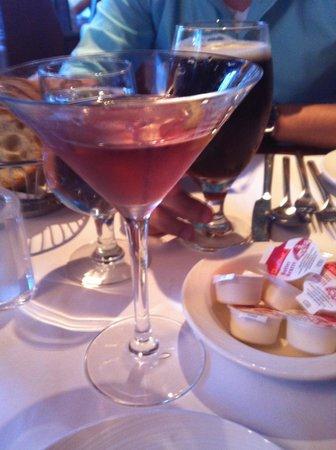Savini Resto-Bar Vinotheque : yummy drink!