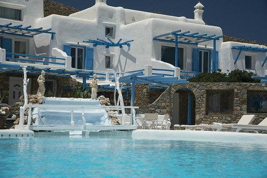 Mykonos Star: A rooms view from the swimming pool