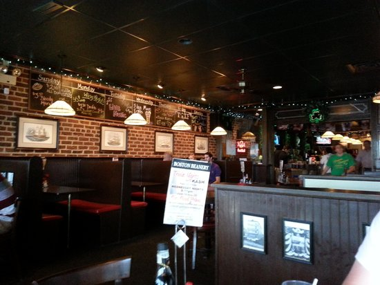 Boston Beanery Restaurant: Local Hang Out w/ Prrsonality!