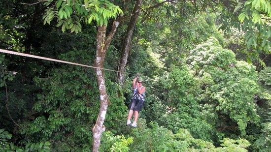 Mareas Villas: The zipline though the jungle canopy was great. Highly recommend it.