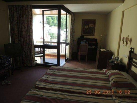 Hotel Tivoli Sintra: quarto