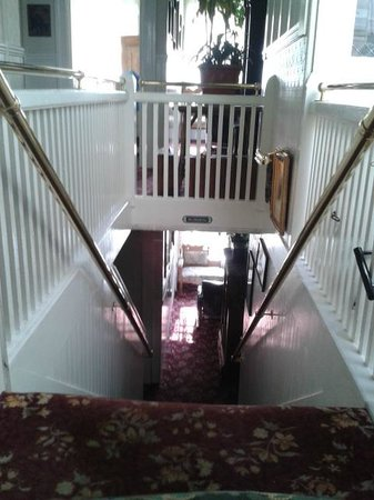 San Remo Hotel: stairs