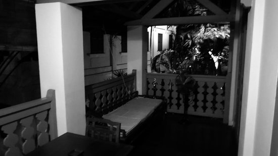 Satri House : terrasse chambre