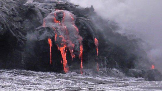 Lava Boat.com: Lava Viewing from lava boat
