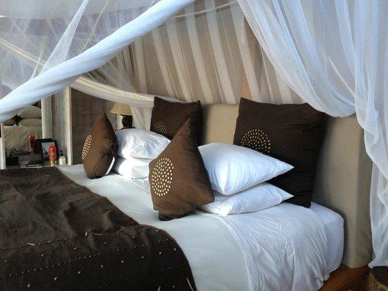 Sindabezi Island: Room 1.