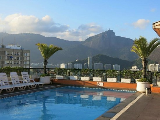 Ipanema Plaza Hotel: Rooftop pool