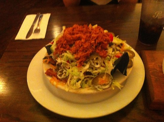 Famous Dave's: BBQ pork nachos - amazing