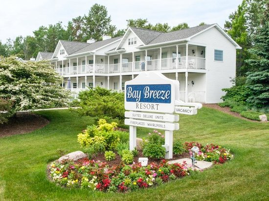 Bay Breeze Resort : An excellent place to stay in Ephraim.