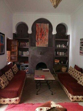 Riad Limouna: le coin salon