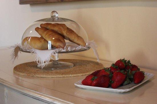 La Villa del Lago: particolare colazione