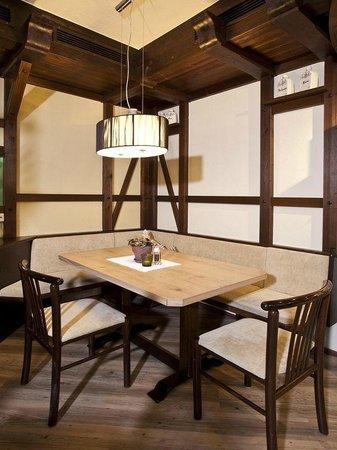 Culinaria: Gemütliche Ecke für bis zu 5 Gäste