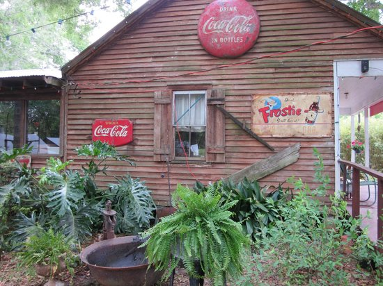 Bayou Cabins: Side View of Bayou Boudin and Cracklin Cafe