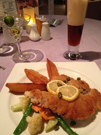 Malapascua Exotic Bar & Restaurant : viener schnitzel, special iced tea and margarita
