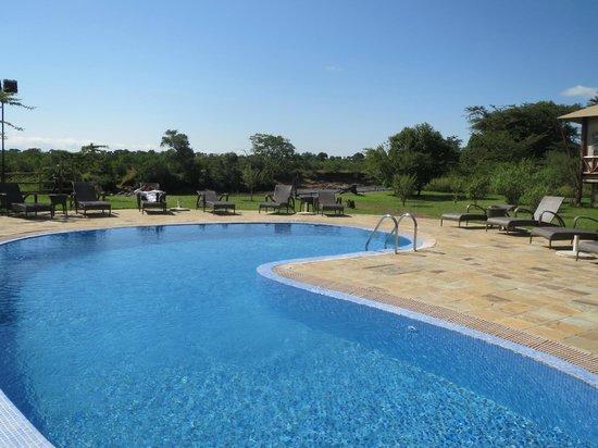 Neptune Mara Rianta Luxury Camp: Very clean pool area